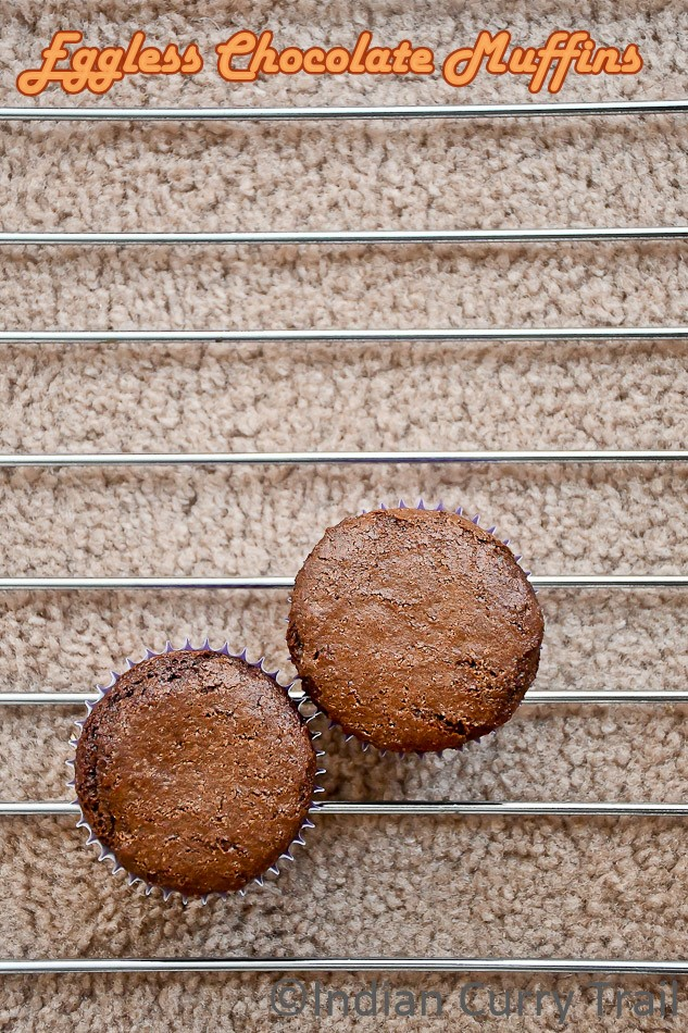 easy-eggless-chocolate-muffins-3