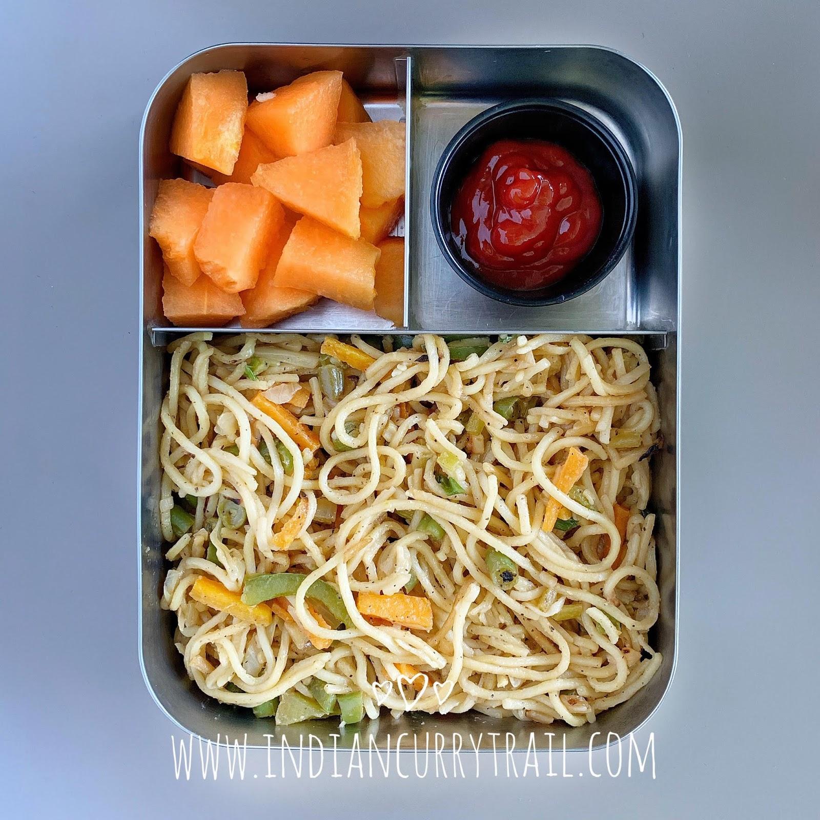 veg-hakka-Noodles-lunchbox