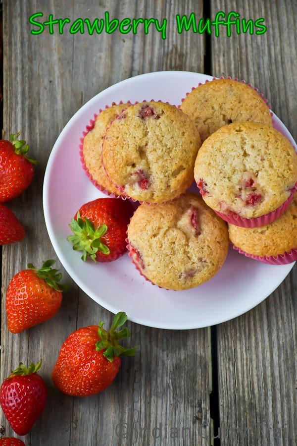 strawberry-muffins-2
